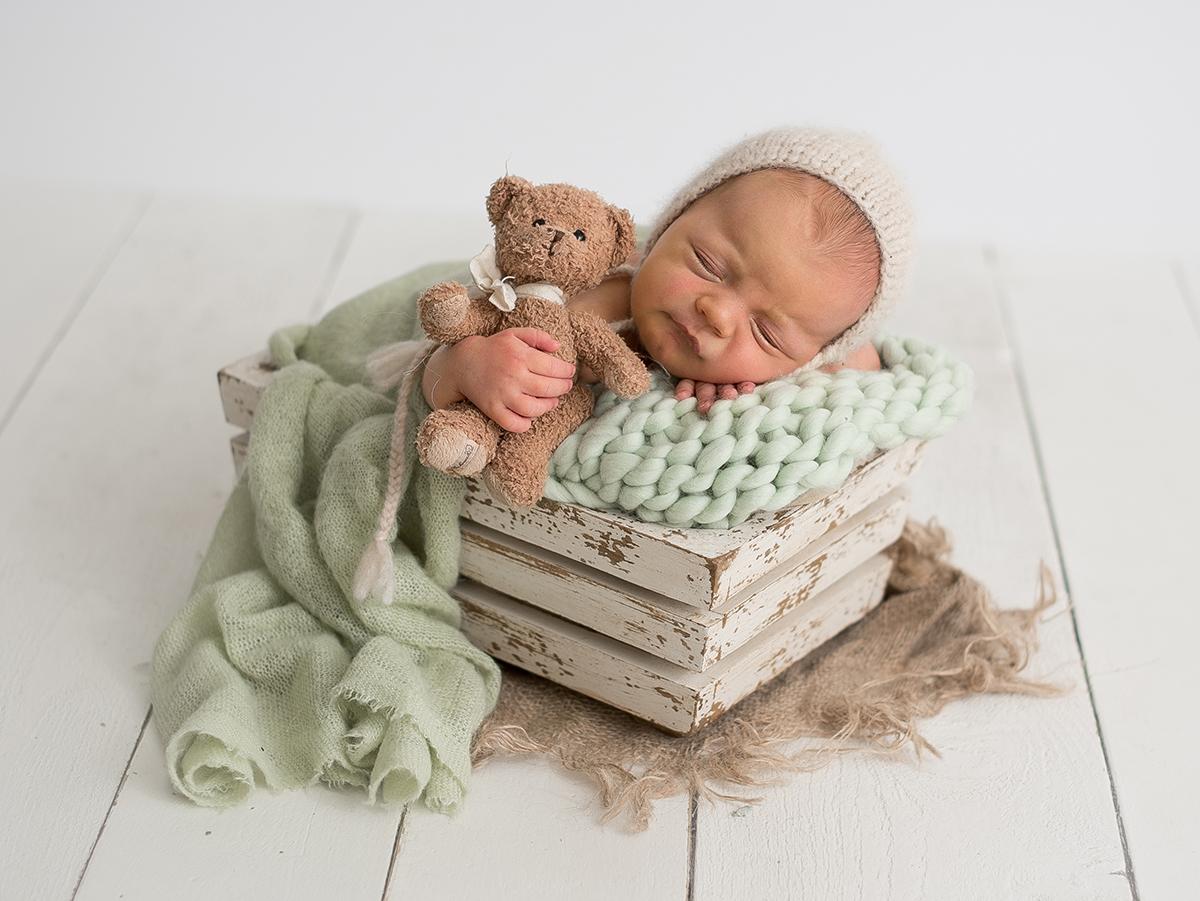 Nyföddfotografering i studio i Tidaholm