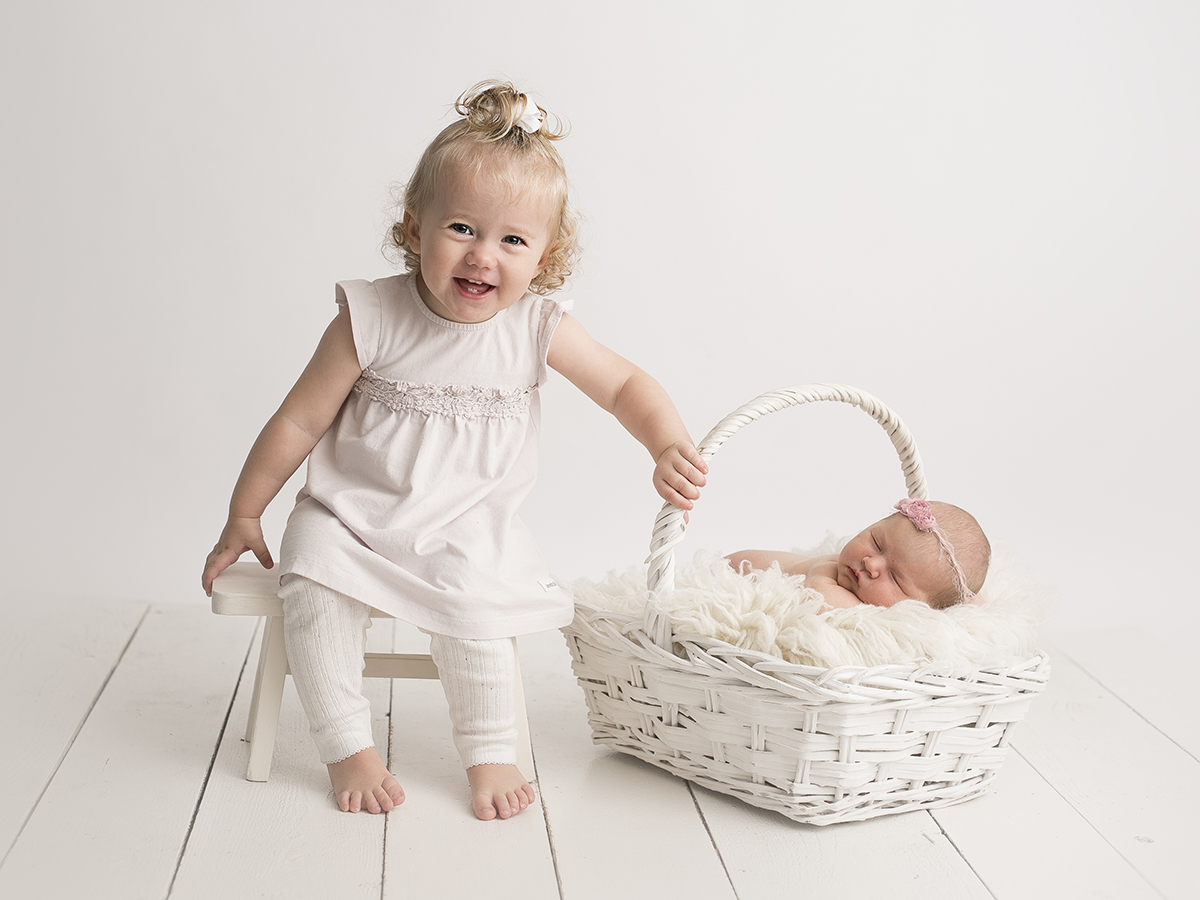 Syskonkort med nyföddfotografering