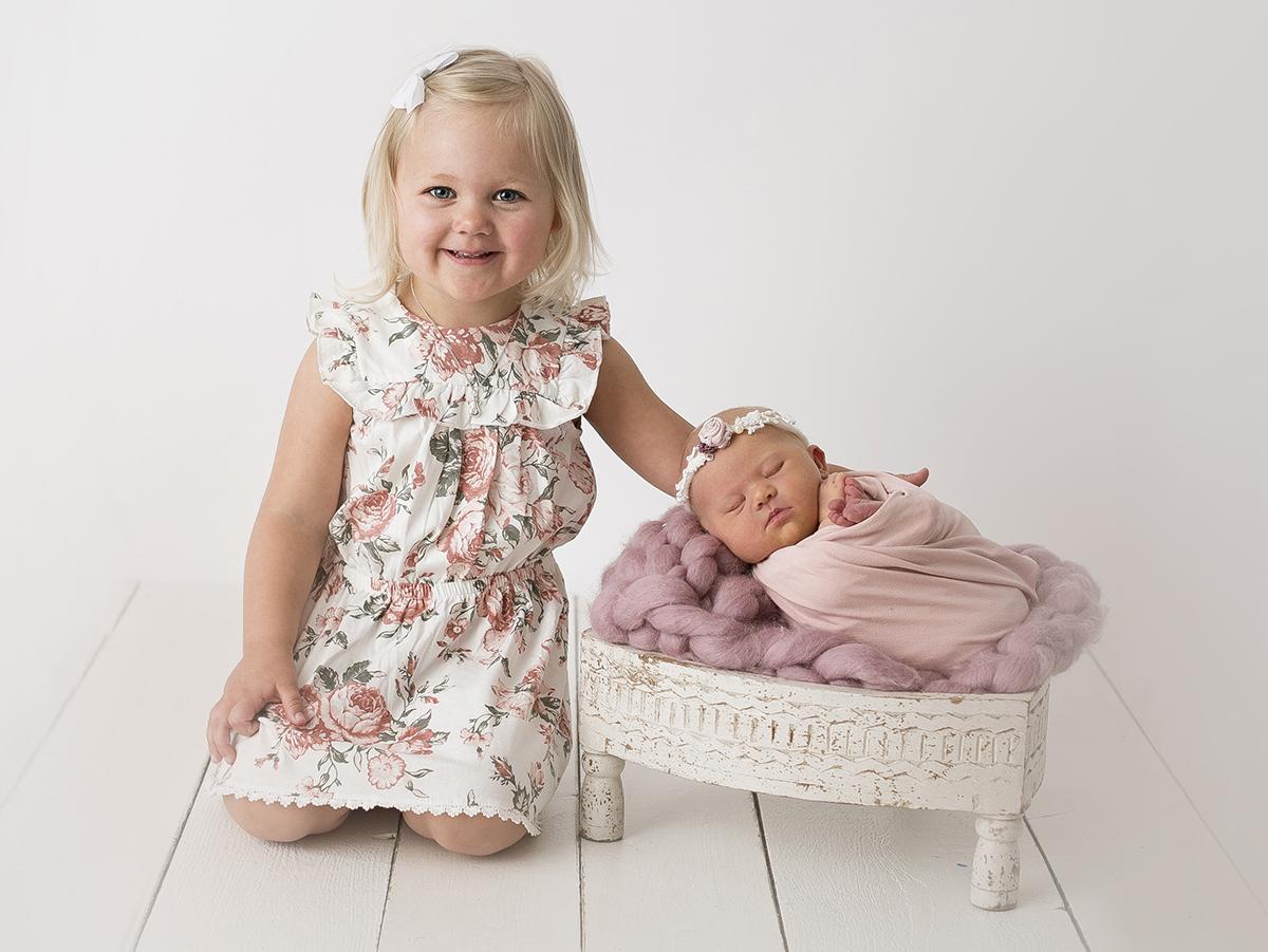 Syskonfotografering och nyföddbilder